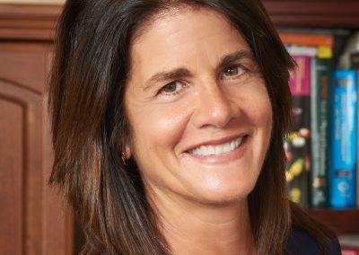Dr. Marilu Almeida Hunt